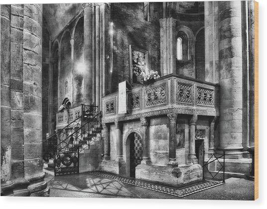 San Michele Toward The Altar Wood Print