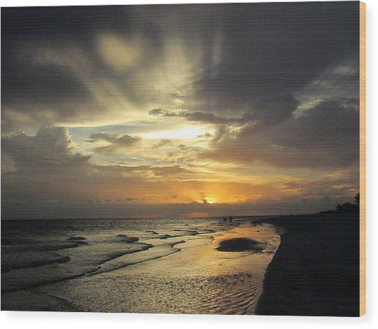 Sanibel Sunset Wood Print by Rosie Brown
