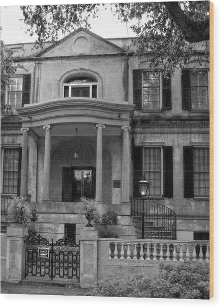 Savannah's Owens - Thomas House In Black And White Wood Print