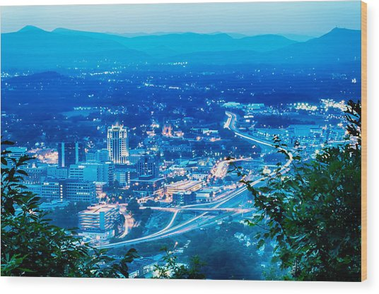 Scenics Around Mill Mountain Roanoke Virginia Usa Wood Print