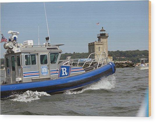 Scpd Boat @ Huntington Lighthouse Wood Print
