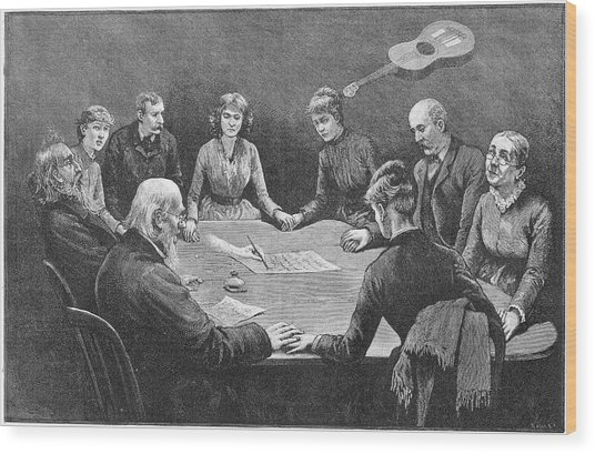 Seance At New York With An  Unnamed Wood Print by Mary Evans Picture Library