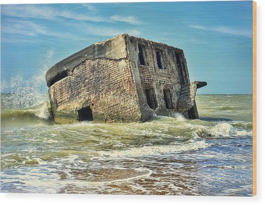 Seaside Northern Forts Wood Print by Gynt