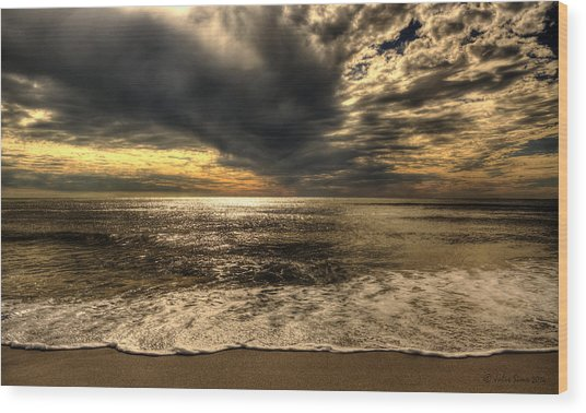 Seaside Sundown With Dramatic Sky Wood Print