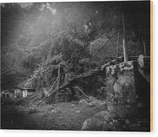 Second-hand Bridge Wood Print