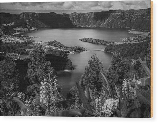 Sete Cidades Lake Wood Print