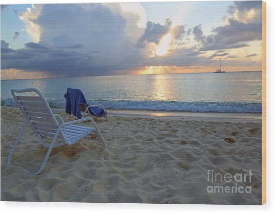 Sunset On Seven Mile Beach Wood Print