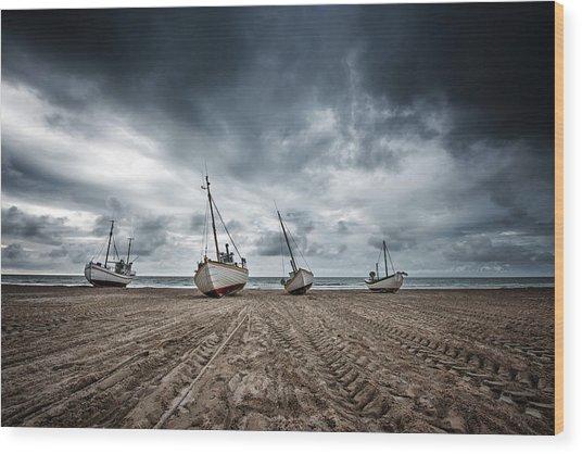 Ships Wood Print