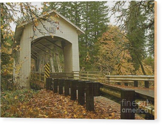 Short Covered Bridge Wood Print