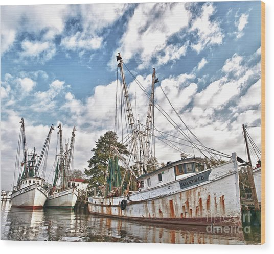 Shrimpers At Rest Wood Print