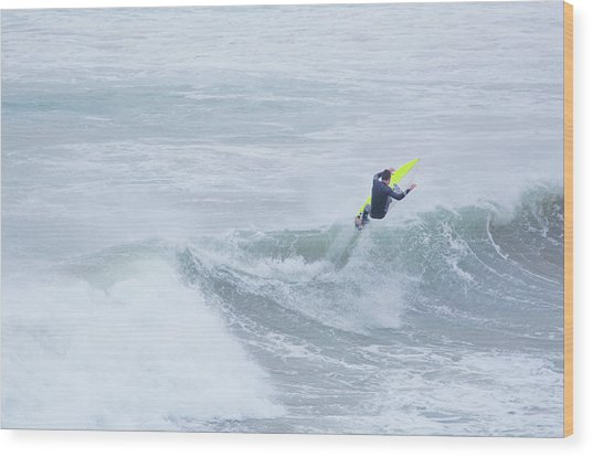 Single Surfer Riding A Wave In Autumn Wood Print