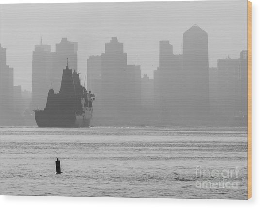 Slipping Into Port 5-2630-2 Wood Print by Stephen Parker