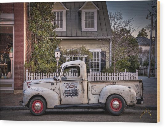 Smithfield Truck Wood Print by Williams-Cairns Photography LLC