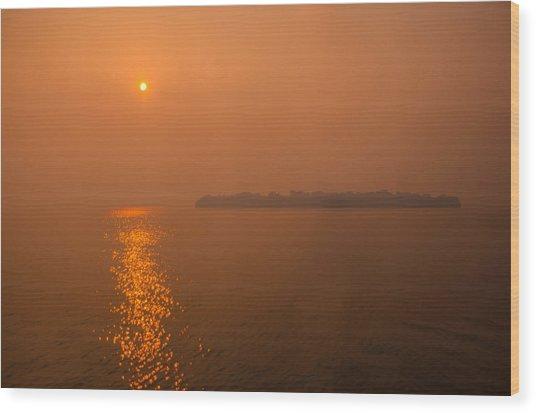 Smoky Sunrise Wood Print by Dan Vidal