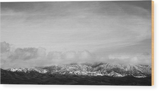 Snow On The Tehachapis Wood Print