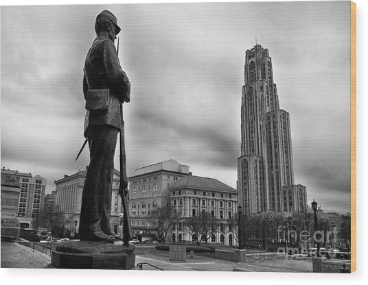 Soldiers Memorial And Cathedral Of Learning Wood Print