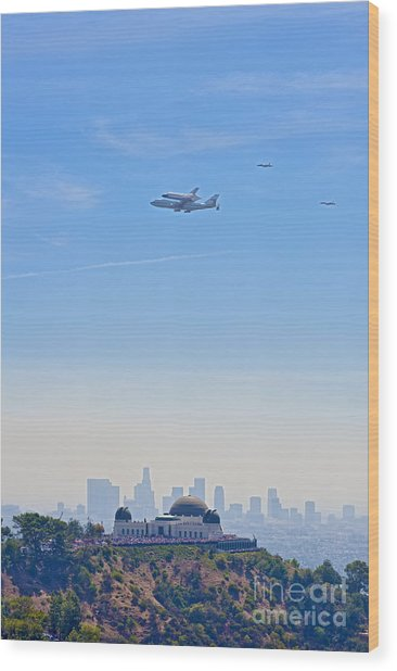 Space Shuttle Endeavour And Chase Planes Over The Griffith Observatory Wood Print