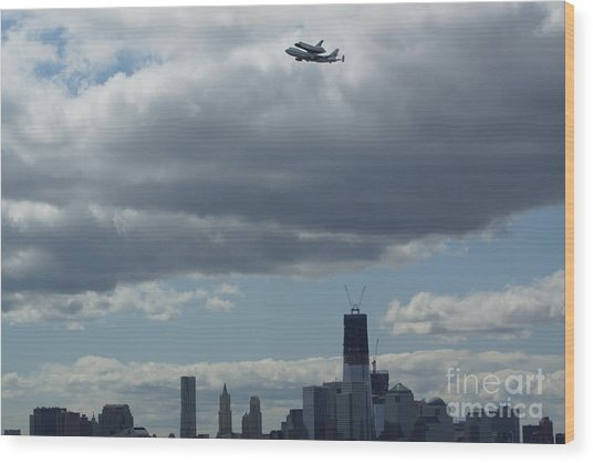 Space Shuttle Enterprise Flys Over Nyc Wood Print