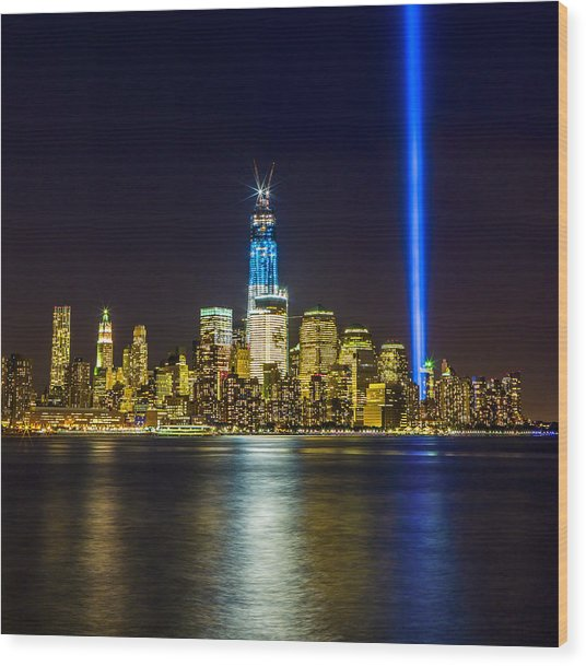 Sparkling Freedom Tower Wood Print by Chris Halford