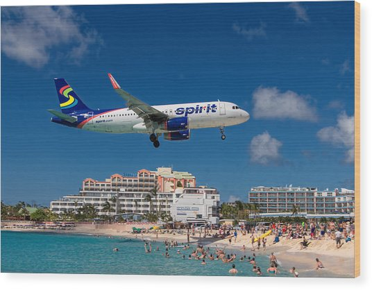 Spirit Airlines Low Approach To St. Maarten Wood Print