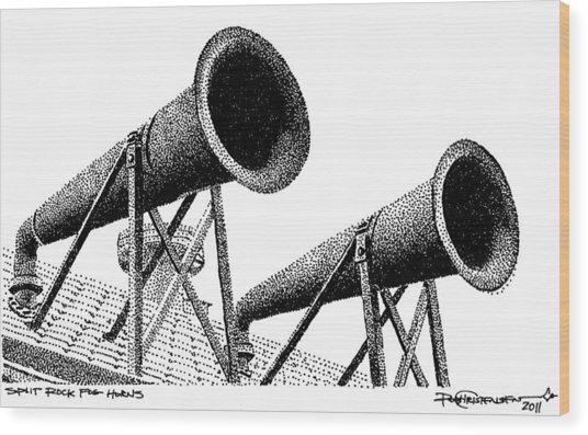 Split Rock Fog Horns Wood Print by Rob Christensen