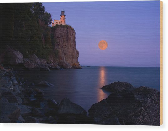Split Rock Lighthouse - Full Moon Wood Print