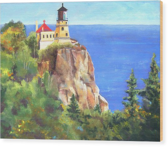 Split Rock Lighthouse Wood Print by Vicki Brevell