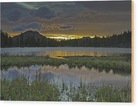 Sprague Lake Sunrise Wood Print by Tom Wilbert