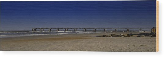 St Augustine Beach Pier Wood Print by Donnell Carr