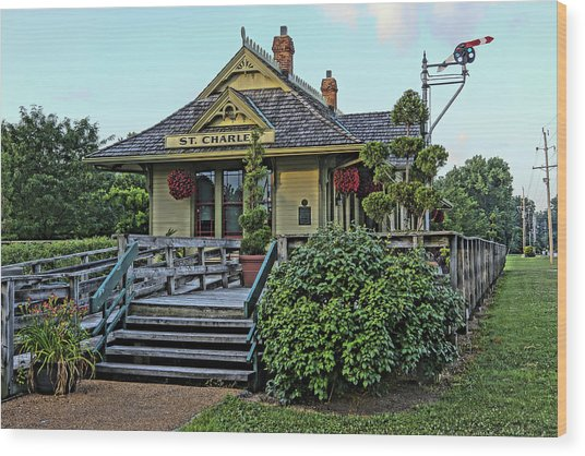 St Charles Station On The Katty Trail Look West Dsc00849 Wood Print