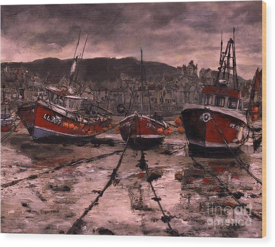 Staithes At Low Tide Wood Print