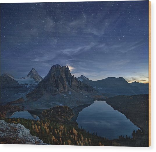 Starry Night At Mount Assiniboine Wood Print
