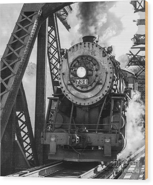 Steam Engine 734 Leaving The Narrows Wood Print