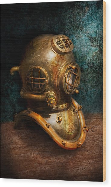 Steampunk - Diving - The Diving Helmet Wood Print