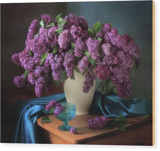 Still Life With Fragrant Lilac Wood Print