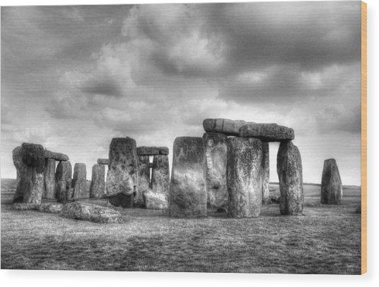 Stonehenge In Black And White Wood Print