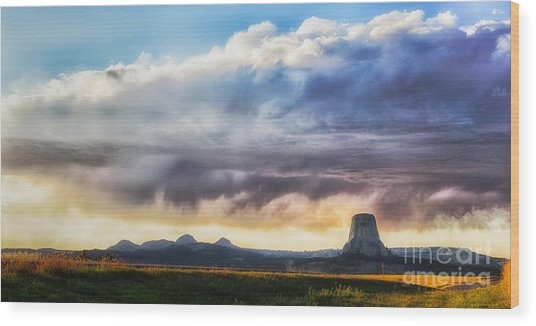 Storm Clouds Over Devils Tower Wood Print