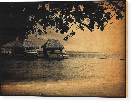Stormy Bungalows Wood Print