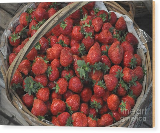 Strawberry Basket Wood Print