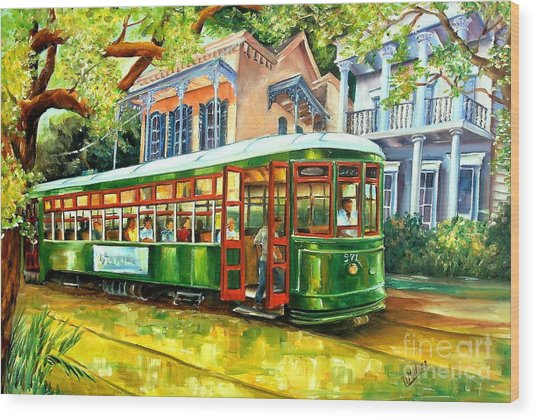Streetcar On St.charles Avenue Wood Print