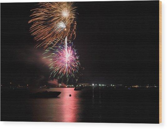 Sturgeon Bay Fireworks Wood Print
