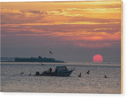 Sun Rise Over Fort Sumter Wood Print
