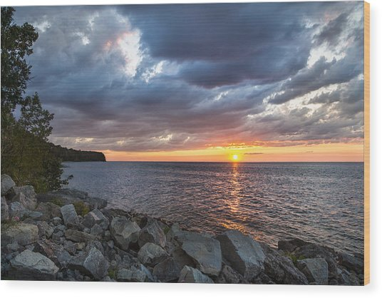 Sundown Bay Wood Print