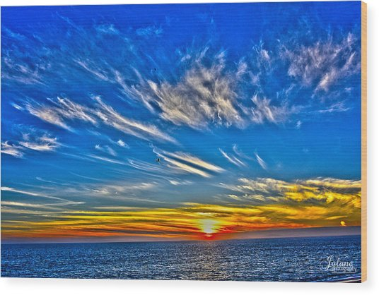 Sundown Over Pacific Wood Print