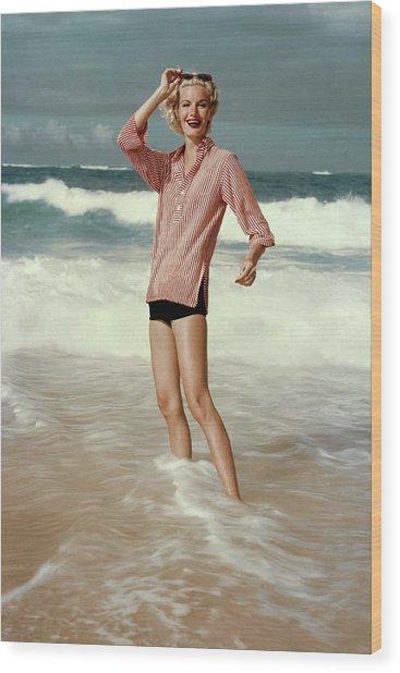 Sunny Harnett On A Beach Wood Print by Leombruno-Bodi