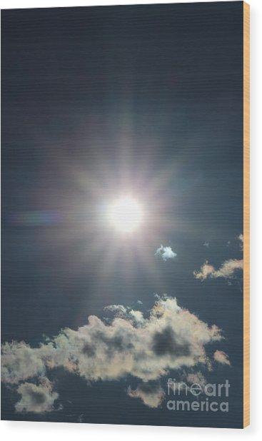 Sunray 1 Wood Print by Brenda Henley