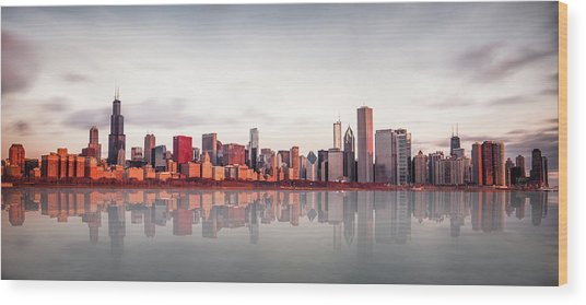 Sunrise At Chicago Wood Print