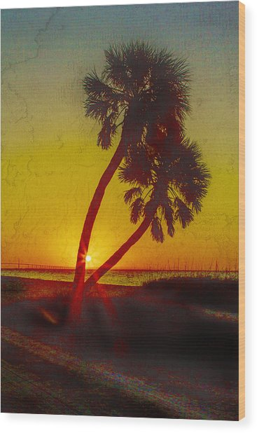 Sunrise At Fort De Soto Wood Print