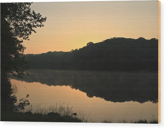 Sunrise At Rose Lake Wood Print