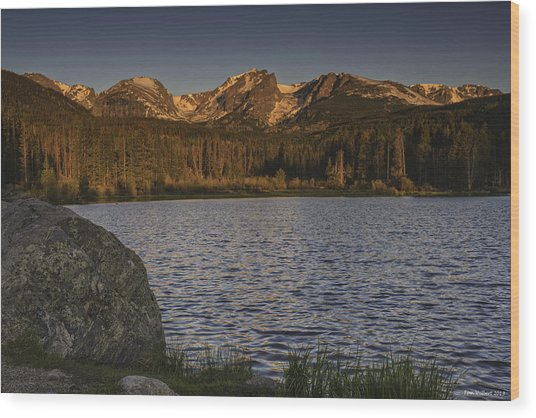 Sunrise At Spraque Lake Wood Print by Tom Wilbert